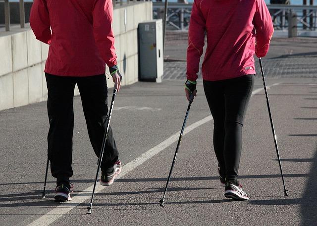 chůze o hůlkách