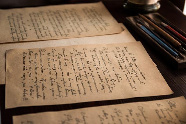 listy starých dopisů